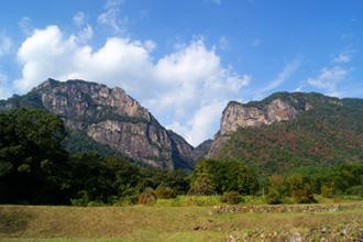 行縢山近景