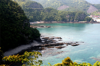 七つ島展望所からの景色 須美江海水浴場の左側