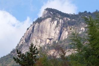 大崩山の岩肌