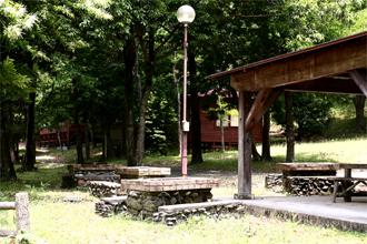 自然休養村センター「清流荘」 バーベキュー炉(15基)