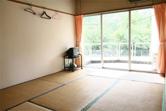 自然休養村センター「清流荘」 和室(5室)定員3名