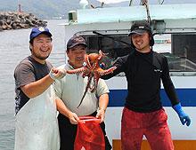 あなたのタコかごで漁をするのは、この漁師さんたちです